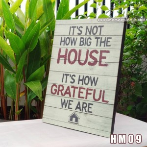 HM09 Poster Dekorasi Rumah / Hiasan Dinding – It's Not How Big The House